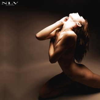 olivia-body-lines-expression-3