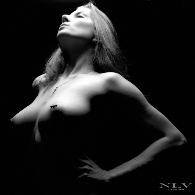 black-and-white-nude-1