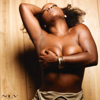 kelsey-soft-fit-curves-2
