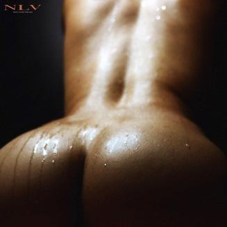 qua-body-oil-water-3